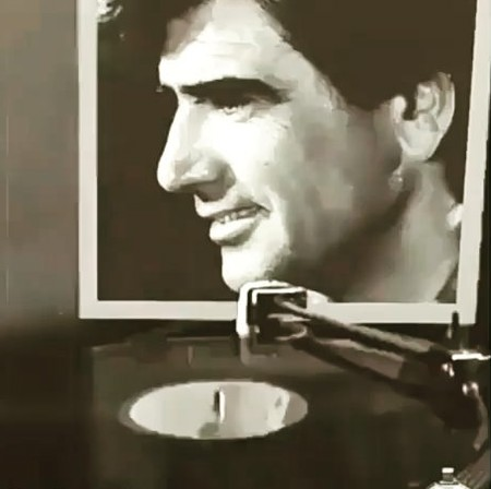 Mr Shajaryan983765923857439857245 دانلود آهنگ از خون جوانان وطن لاله دمیده محمدرضا شجریان