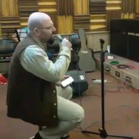 دانلود آهنگ مجنون نبودم مجنونم کردی محمد حشمتی
