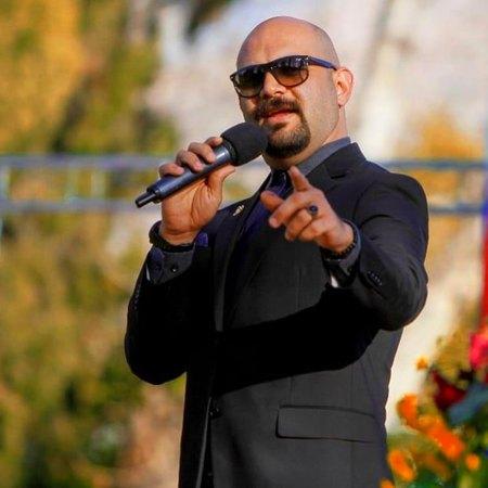 H faghihi29856528639856235863 دانلود آهنگ جینگ و جینگه ساز میاد و از بالای شیراز میاد حامد فقیهی