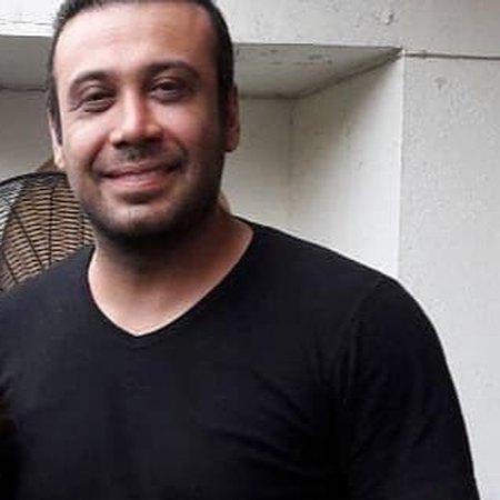 M chavoshi76532908560395739574958 دانلود آهنگ سال نو یعنی تو محسن چاوشی