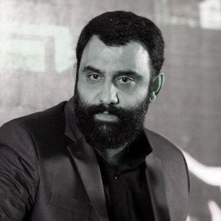 Javad Moghadam Bebinam Sahne Shomaro Music fa.com دانلود مداحی جواد مقدم ببینم صحن شمارو انگاری بهشتو دیدم