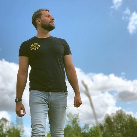 Amir Farjam Toei Jahanam Music fa.com دانلود آهنگ امیر فرجام تویی جهانم