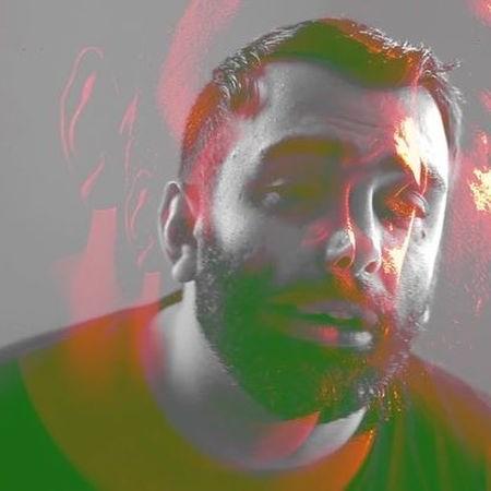 Masoud Sadeghloo 38535093185 1350831Music fa.com دانلود آهنگ مسعود صادقلو چتر