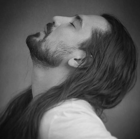 Amirabbas Golab Moghaser Music fa.com دانلود آهنگ امیر عباس گلاب مقصر