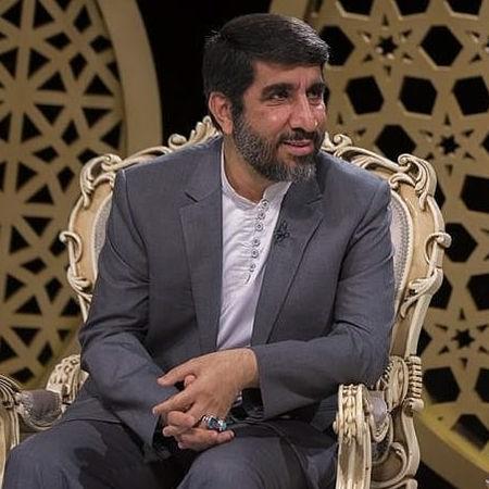 Mahdi Salahshoor In Hossein Kist Music fa.com دانلود نوحه این حسین کیست که عالم همه دیوانه اوست مهدی سلحشور