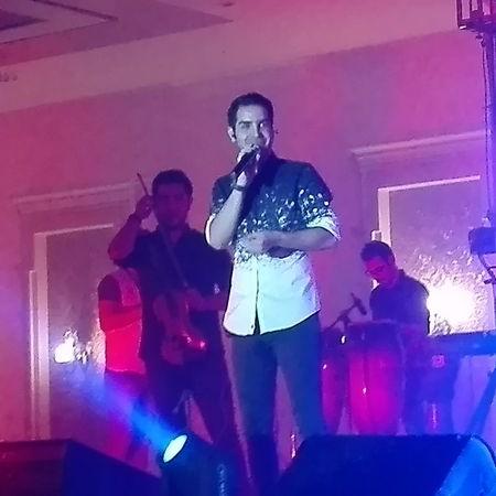 Mohsen Yegane Khoone Jegar Music fa.com دانلود آهنگ محسن یگانه خون جگر