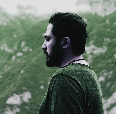 Roozbeh Bemani Kherghe Music fa.com دانلود آهنگ تیتراژ سریال سر دلبران روزبه بمانی
