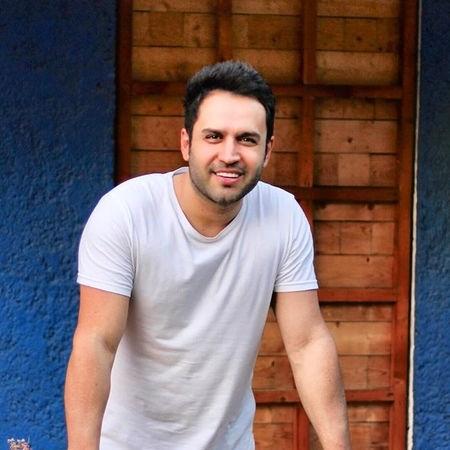 Hossein Tavakoli Heif Az In Eshgh Music fa.com دانلود آهنگ حسین توکلی حیف از این عشق