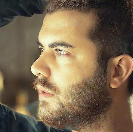 Mostafa Yegane Delam Eshgh Lazeme Music fa.com دانلود آهنگ مصطفی یگانه دلم عشق لازمه