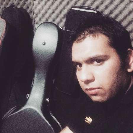 Farshid Adhami Dele Divoone Music fa.com دانلود آهنگ آدم مگه با عشقش میجنگه فرشید ادهمی