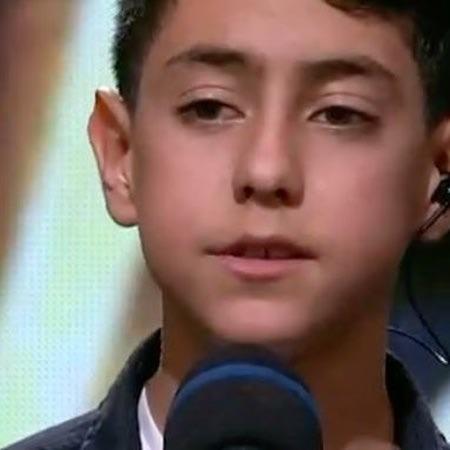 Majid Moazemi Khiale To Music fa.com دانلود آهنگ با من غریبگی نکن مجید معظمی