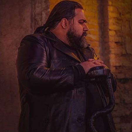 Reza Sadeghi Music fa.com دانلود آهنگ رضا صادقی با حسین حرف بزن