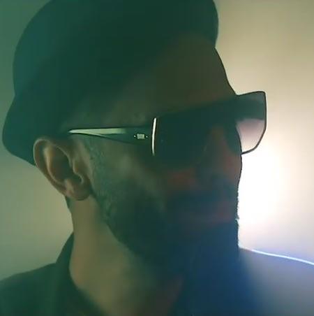 Hamed Mahzarnia Eshgh Toei Music fa.com دانلود آهنگ حامد محضرنیا عشق تویی