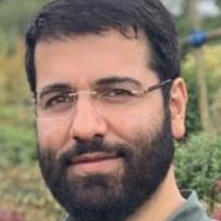 Hossein Sibsorkhi Zendegi Hekmat Dare Music fa.com دانلود مداحی زندگی حکمت داره عشق علت داره حسین سیب سرخی
