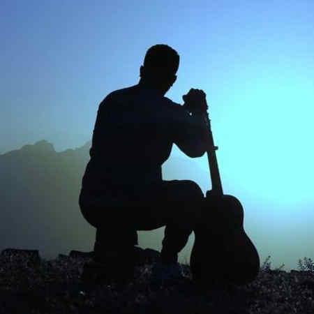 Reza Karami Tara Ma Bakhshamasad Music fa.com دانلود آهنگ رضا کرمی تارا مه بخشامسد