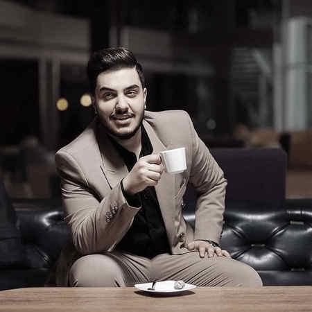 Aron Afshar Eshgh Har Daghighe Music fa.com دانلود آهنگ عشق هر دقیقه یه حرف تازه داره آرون افشار