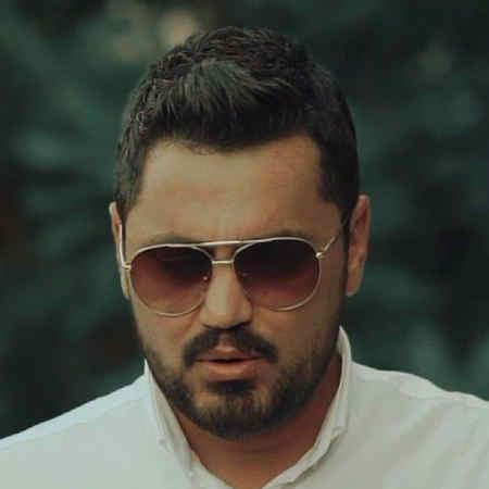 Mehrdad Mahaan Mage Mishe To Bashi Music fa.com دانلود آهنگ مگه میشه تو باشیو دنیا به آخر برسه مهرداد مهان