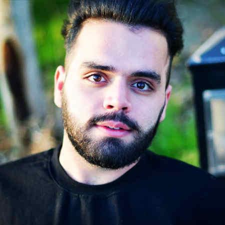 Mohsen Aghakhani Man Ravanie Cheshmaye Khoshgelet Shodam Music fa.com دانلود آهنگ من روانی چشمای خوشگلت شدم محسن آقاخانی