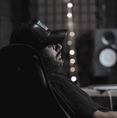 Mehdi Jahani To Bikhiali Music fa.com دانلود آهنگ تو بیخیالی ولی من عاشقتم هنوز شدیدا مهدی جهانی